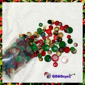Buttons: 3.55oz (100 gr) Christmas Button Mix