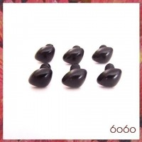 6pcs 12mm BLACK Triangular Plastic noses, Safety noses, Animal Noses