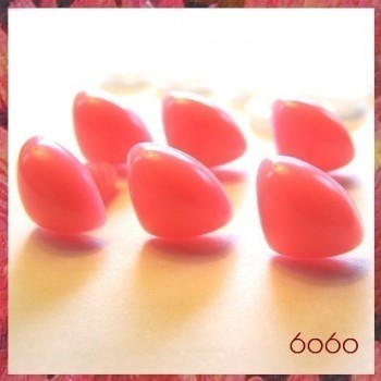 6pcs 12mm PINK Triangular Plastic noses, Safety noses, Animal Noses