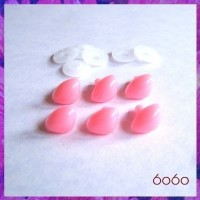 6pcs 15mm PINK Triangular Plastic noses, Safety noses, Animal Noses
