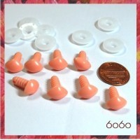 8pcs 9mm Flesh Triangular Plastic noses, Safety noses, Animal Noses